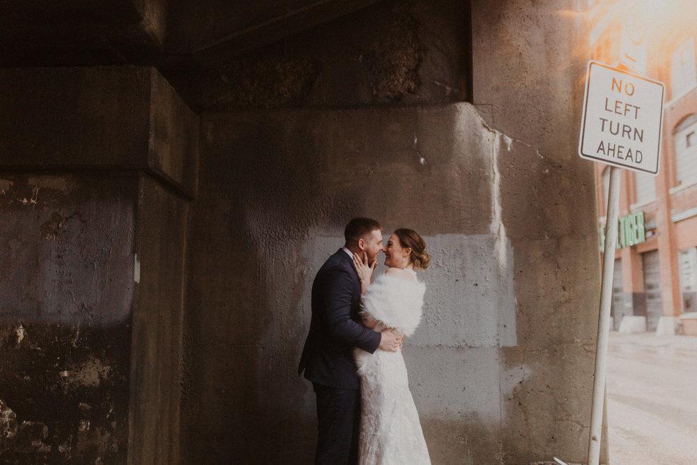 alyssa barletter photography 2016 main kansas city wedding rainy day photographer grace and justin magott-53.jpg