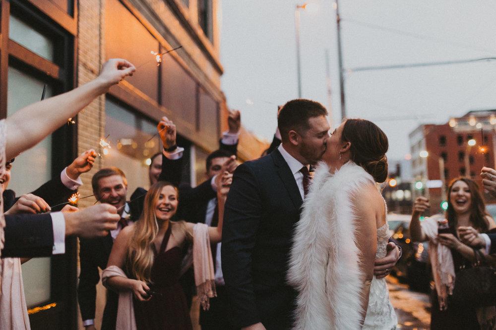 alyssa barletter photography 2016 main kansas city wedding rainy day photographer grace and justin magott-64.jpg