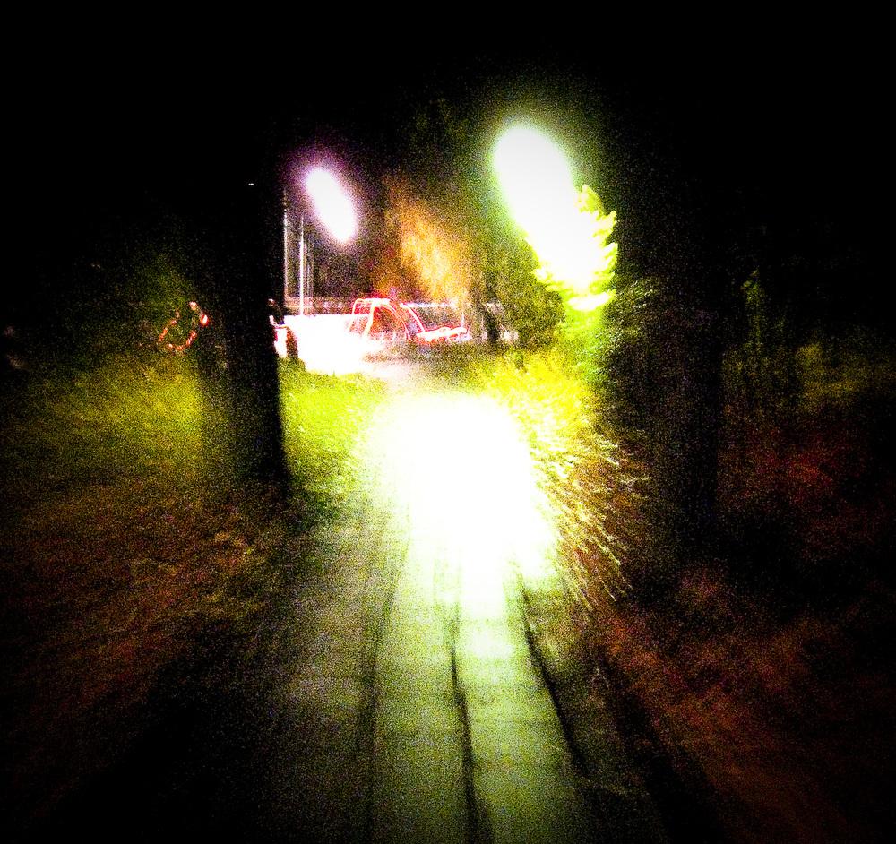Den mörka vägen hem.