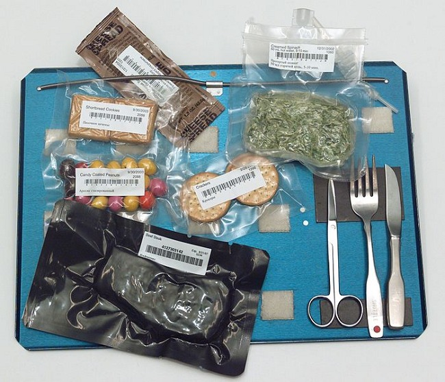 """That creamed spinach looks delicious, good thing I have some surgical scissors to open it up!"" - Said no astronaut ever"