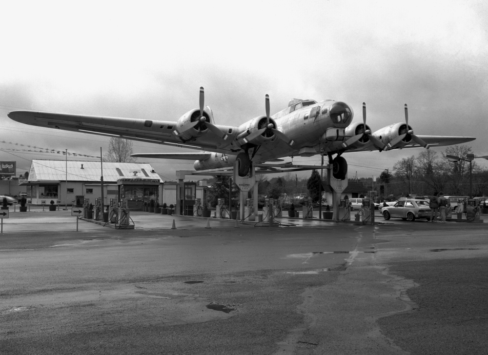 Bomber Gas, Route 99, South of Portland, OR