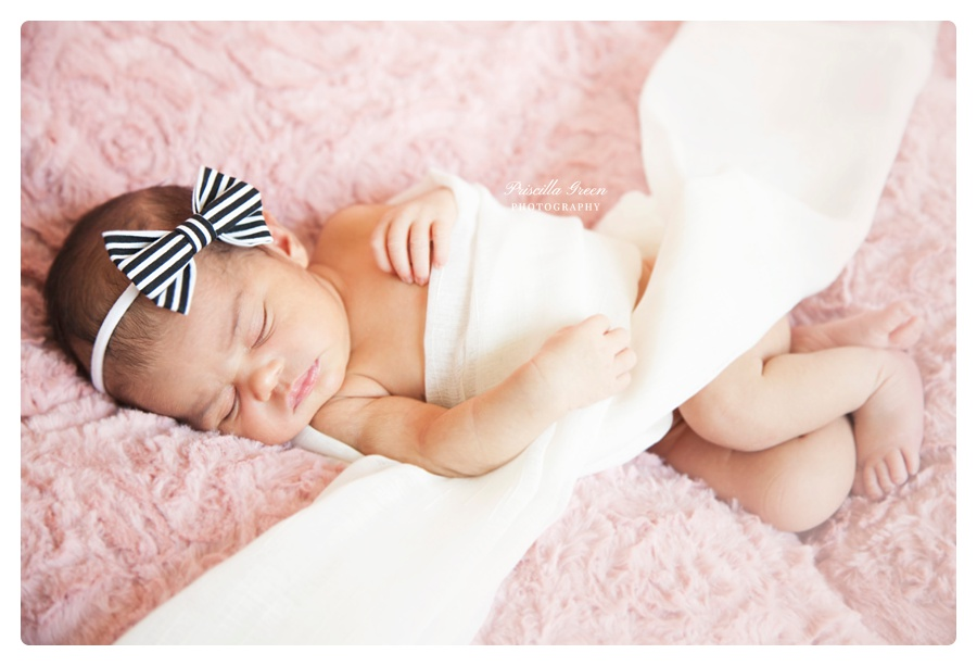 Charlotte_Newborn_photographer_Priscillagreenphotography014.jpg