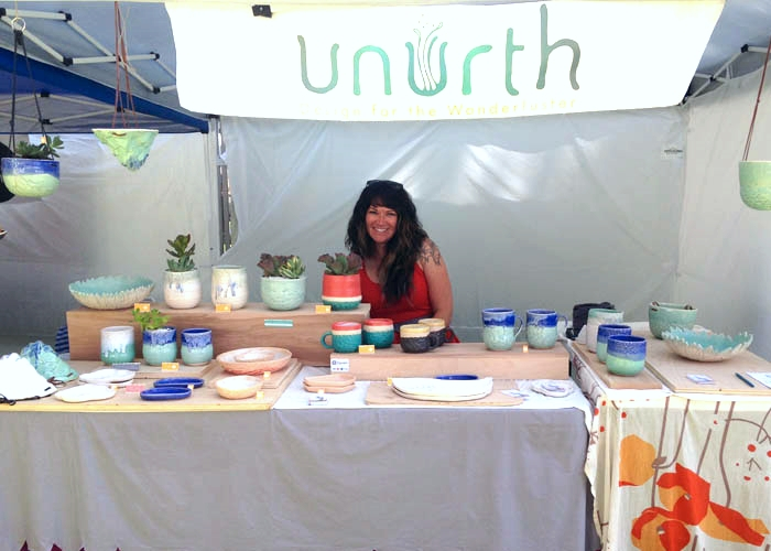 Stacia met #ahasmember and seasoned show vendor Jenn Lamb of Unurth... she just happened to be showing across from her!