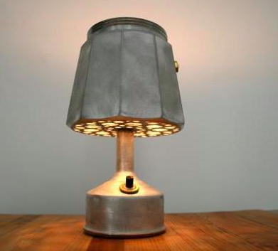 This old perculator is made into a lamp. You can buy the lamp while drinking a coffee at Noun very Soon!