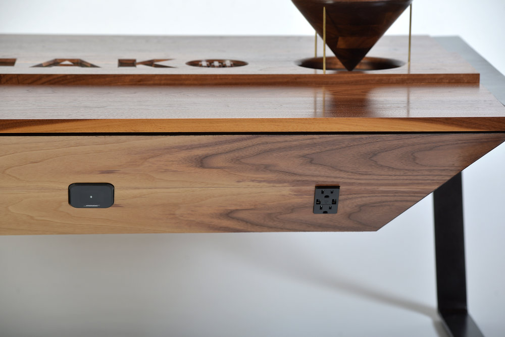 mako-custom-coffee-table-2