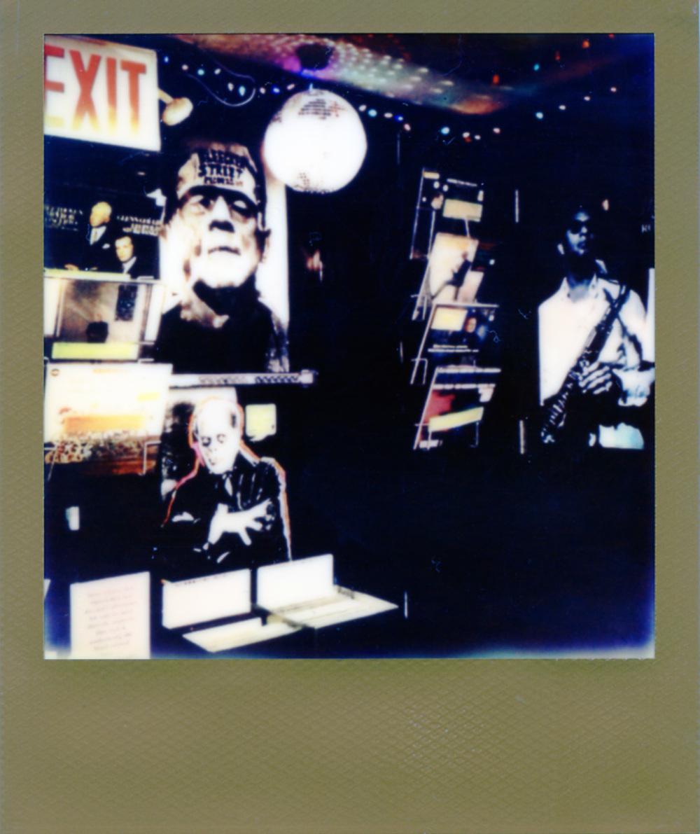Polaroid199_web.jpg