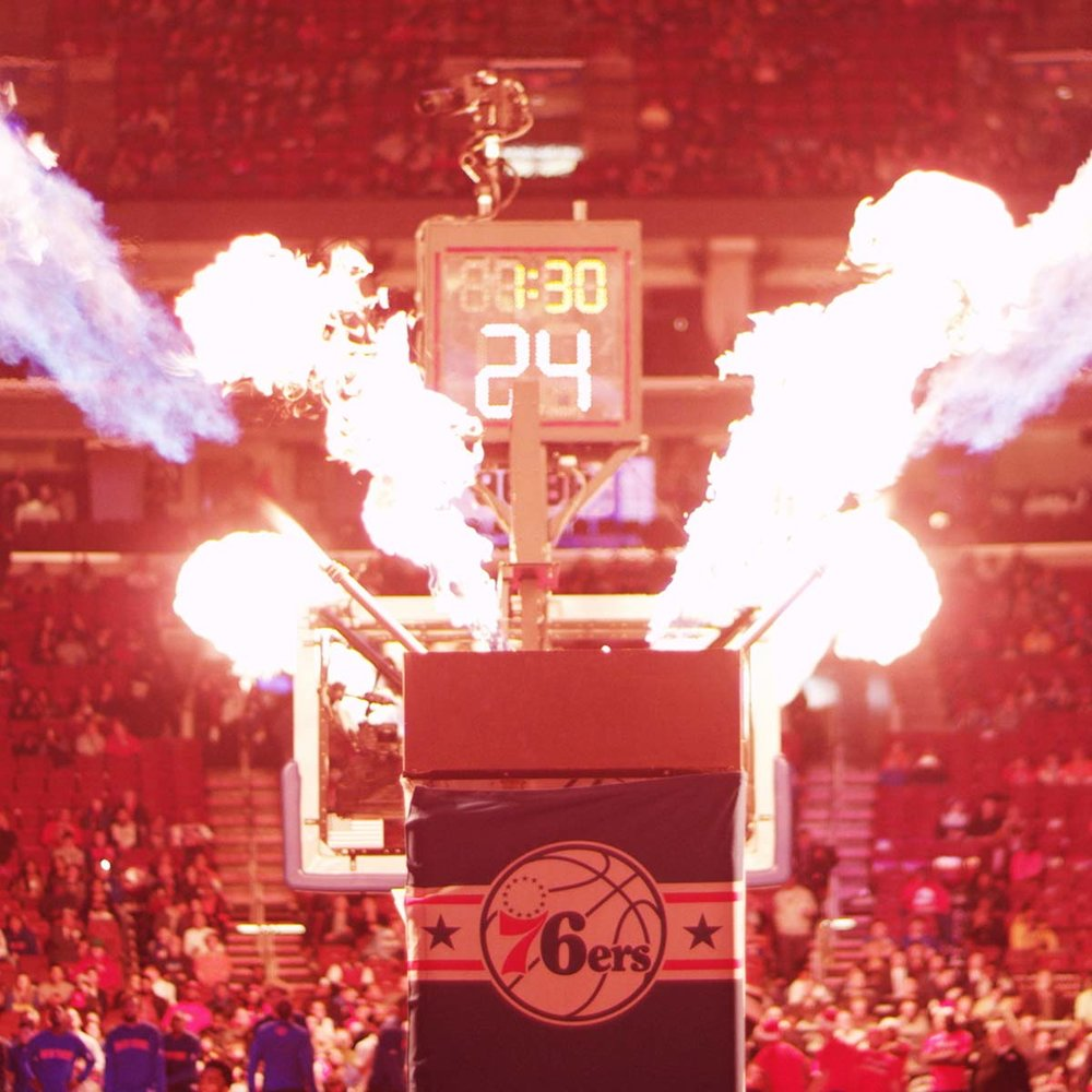SPORTS - PROFESSIONAL BULL RIDING/PHILADELPHIA 76ERS/MAJESTIC