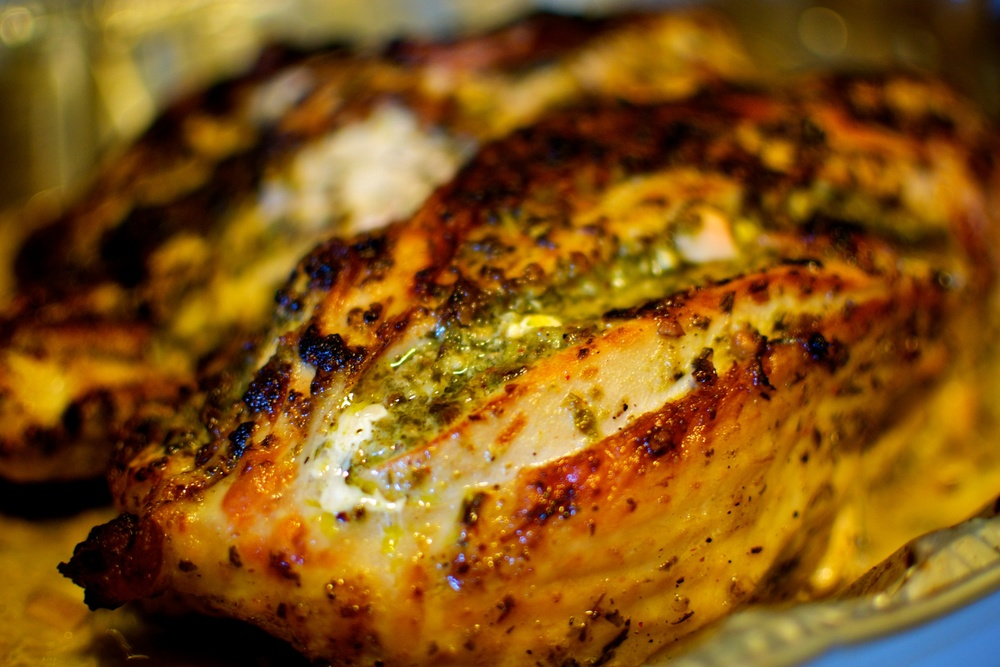 Turkey bakes with pesto