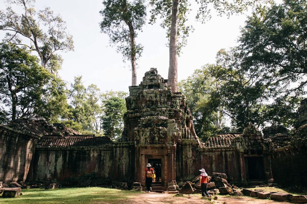 RenPhotography_CambodiaAngkorWat_16.jpg