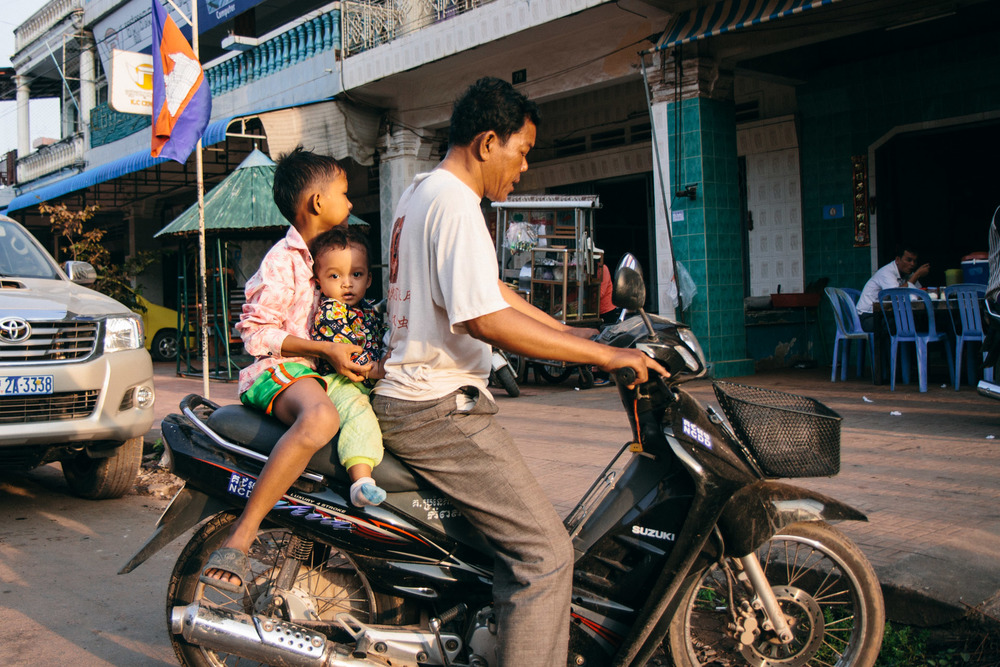 2013_12_Cambodia_0783-2.jpg