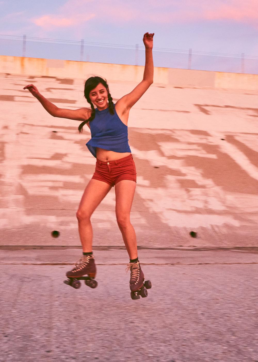 SKATER GIRL$