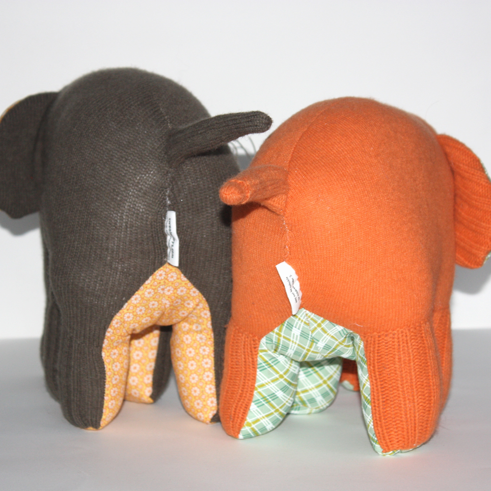 These two rather Autumnal Elephants are even cuter from behind!