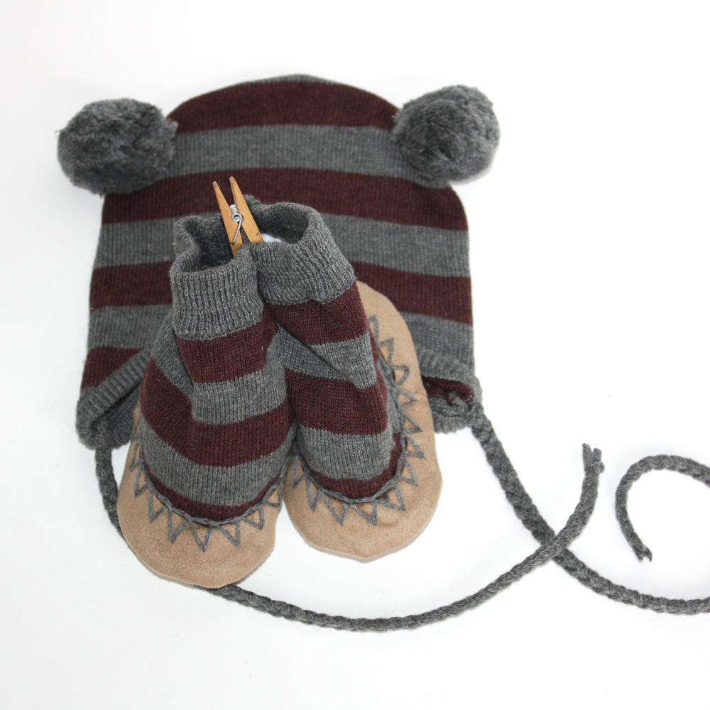 Egg by Susan Lazar New in the Shop this month are these adorable Winter accessories from Egg by Susan Lazar. Above are my favorites from the colors and styles I have in stock at Foxy & Winston. Click to learn a little more about Egg.
