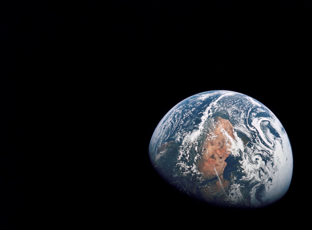 Apollo-10-Earth_a.jpg