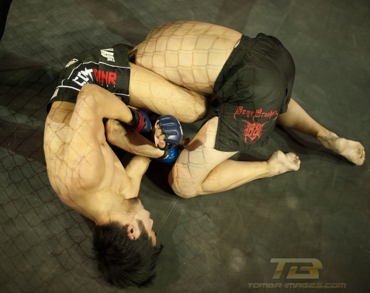 XFO MMA first fight of the night at the Sears Centre