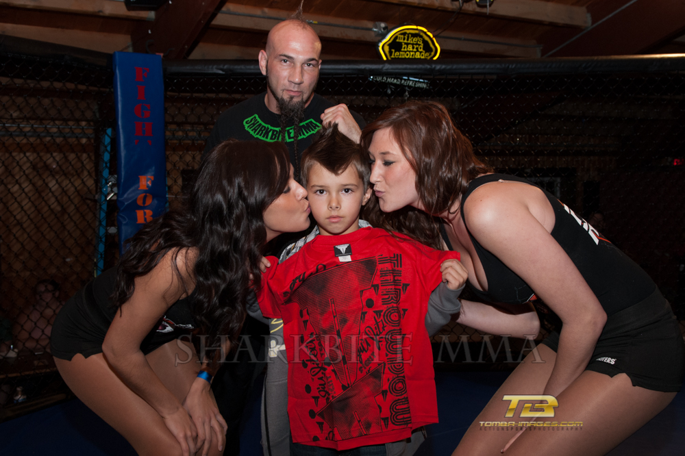 """Knock-Out Before Christmas"" Photo Gallery posting (All Matches)"