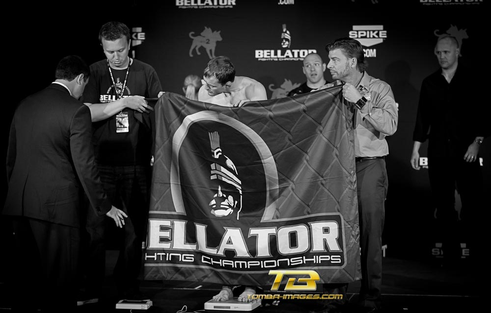 "Bellator ""images of night"" ..."