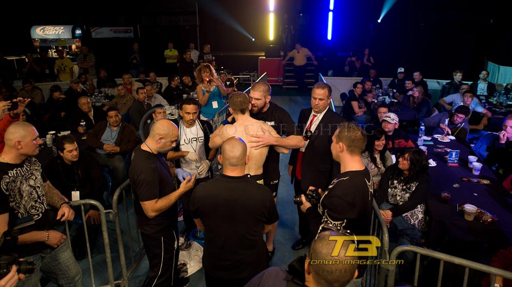 Darius Yancy vs Andrew Krzeptowski   Chicago Cage Fighting
