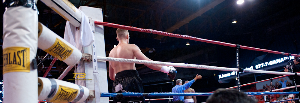 8 Count Productions Presents Windy City Fight Night # 19