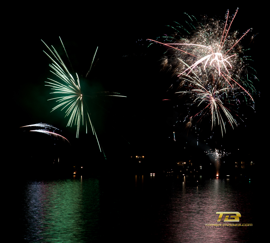 illuminations in the sky ..Fire on the water