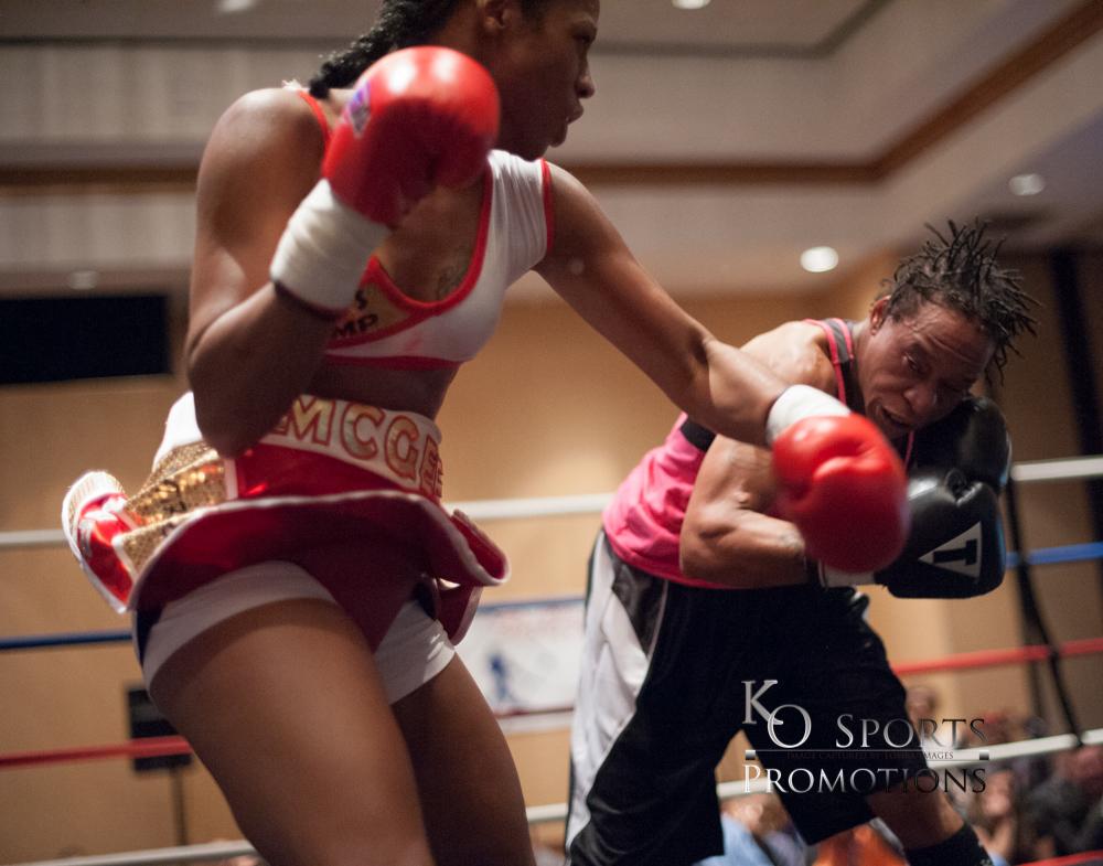 McGee (Red trunks-Winner) vs Williams (Black trunks)-2.JPG