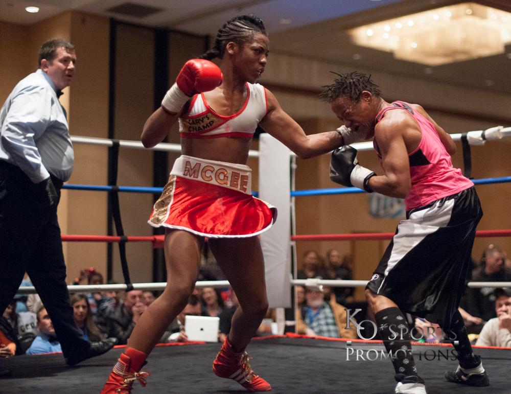 McGee (Red trunks-Winner) vs Williams (Black trunks)-3.JPG