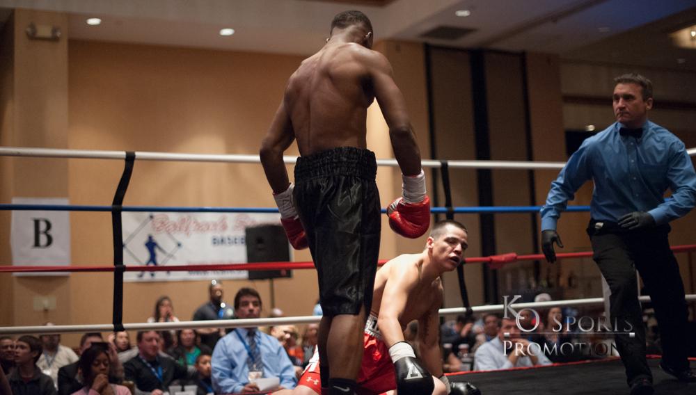 Sharp (Black trunks-Winner) vs Johnson (Red trunks)-2.JPG
