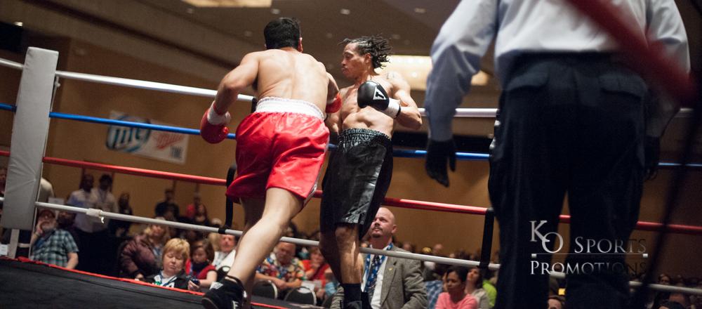 Tover (Red trunks-Winner) vs Snapp (Black Trunks)-2.JPG