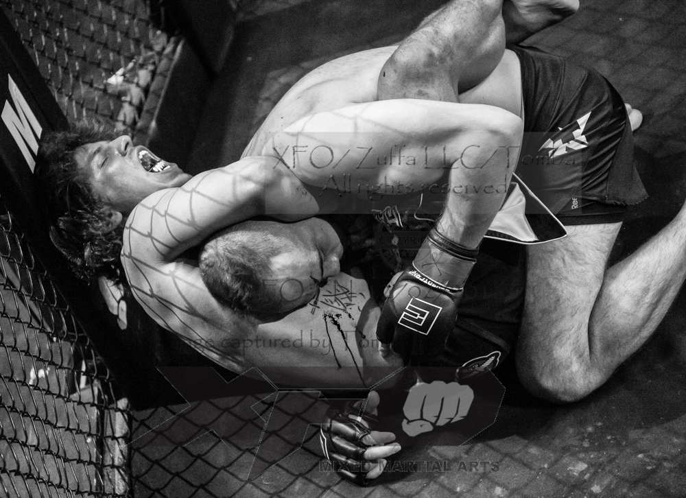 James Esposito vs Max Fuentes-13-Edit.jpg