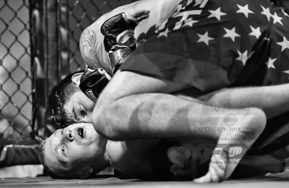 JR Roberts vs Seth Swinehart-07-Edit.jpg