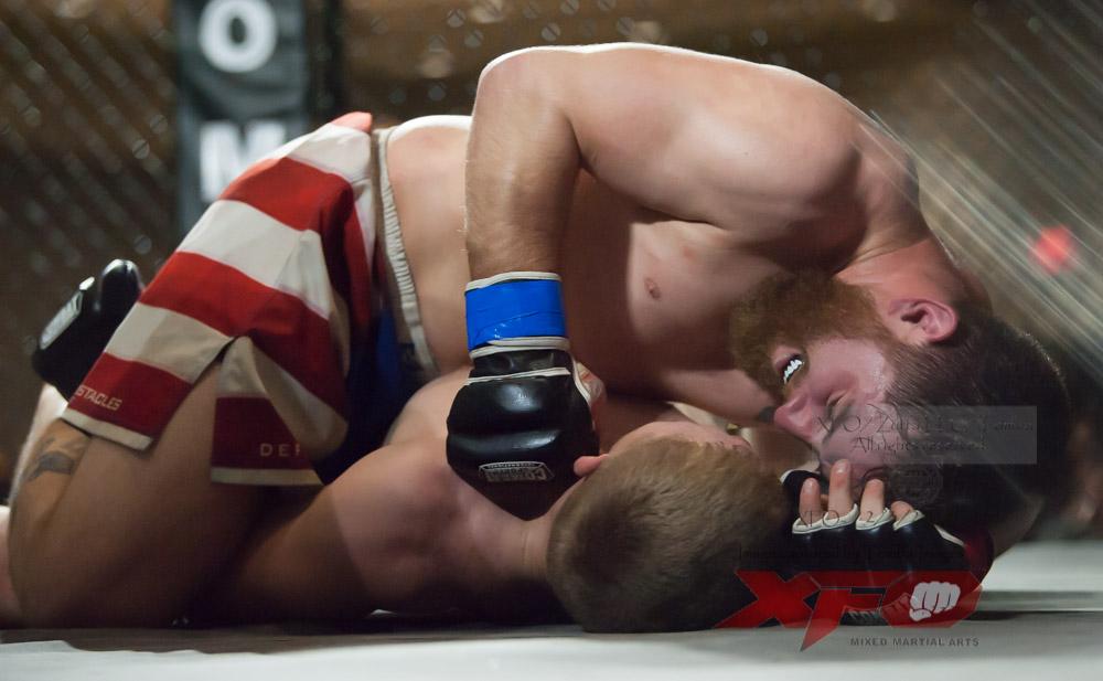 JR Roberts vs Seth Swinehart-25.jpg