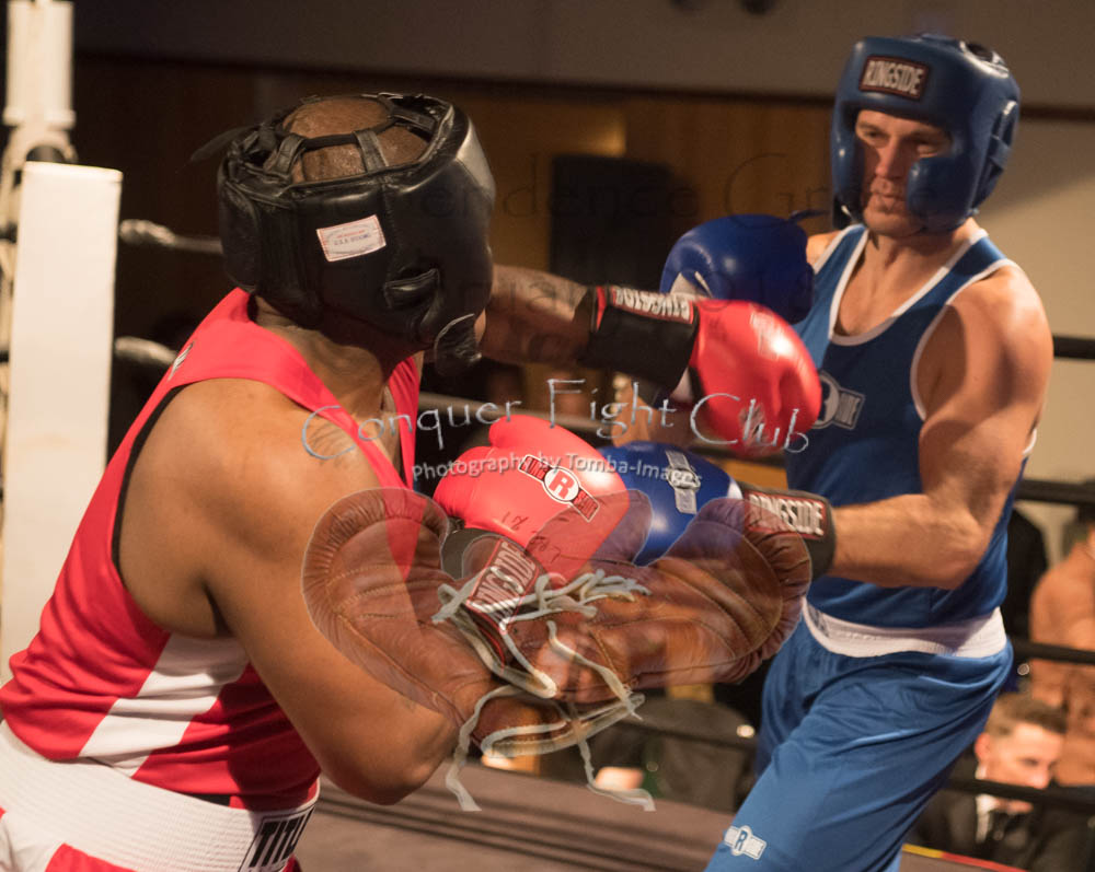 Oakley vs Lesniewicz-30.jpg