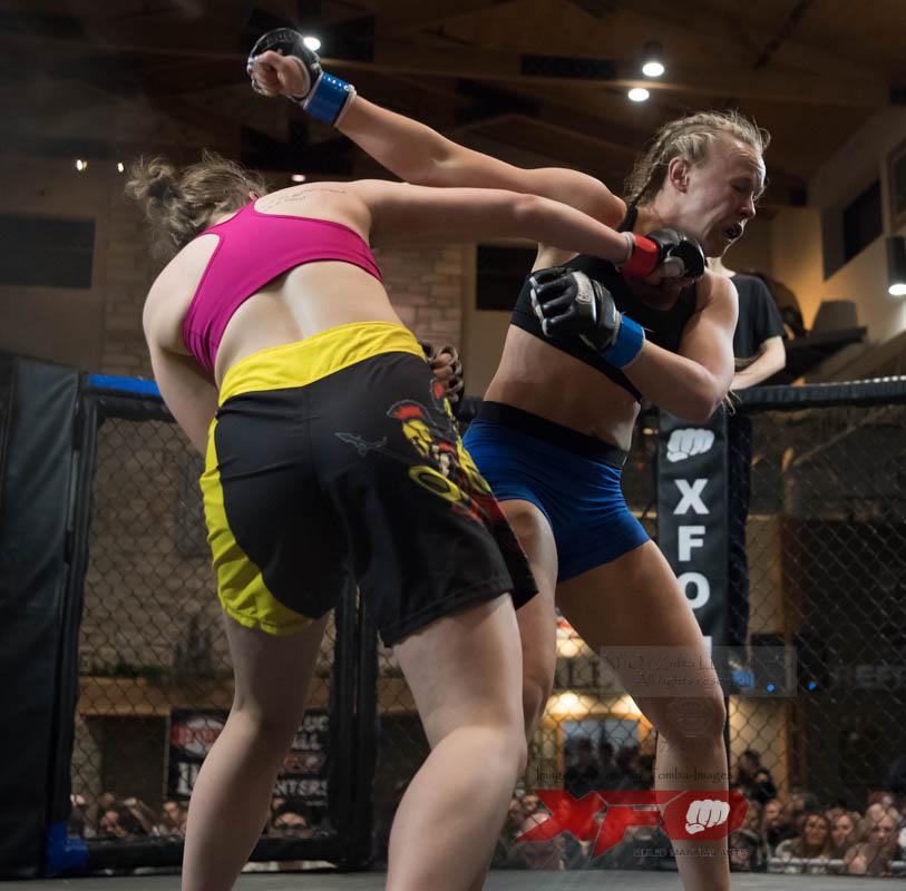 Bulow -Blue gloves vs Mergner-19.jpg