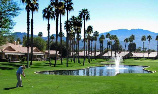 palm-desert-golf-course.jpg
