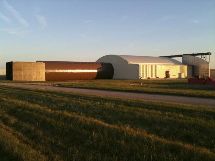 hangar%20back.JPG