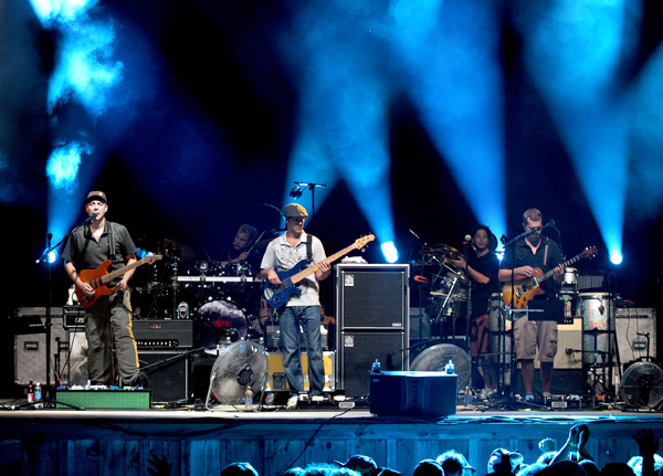 umphrey'smcgee_group2_js.jpg