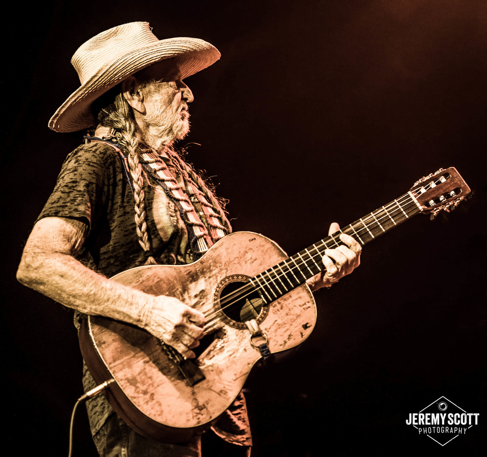 CO_140707_Willie_Nelson_AMP-28-2.jpg
