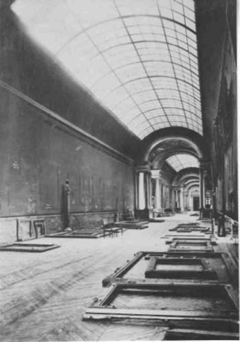 1942, Grande Galerie at the Louvre