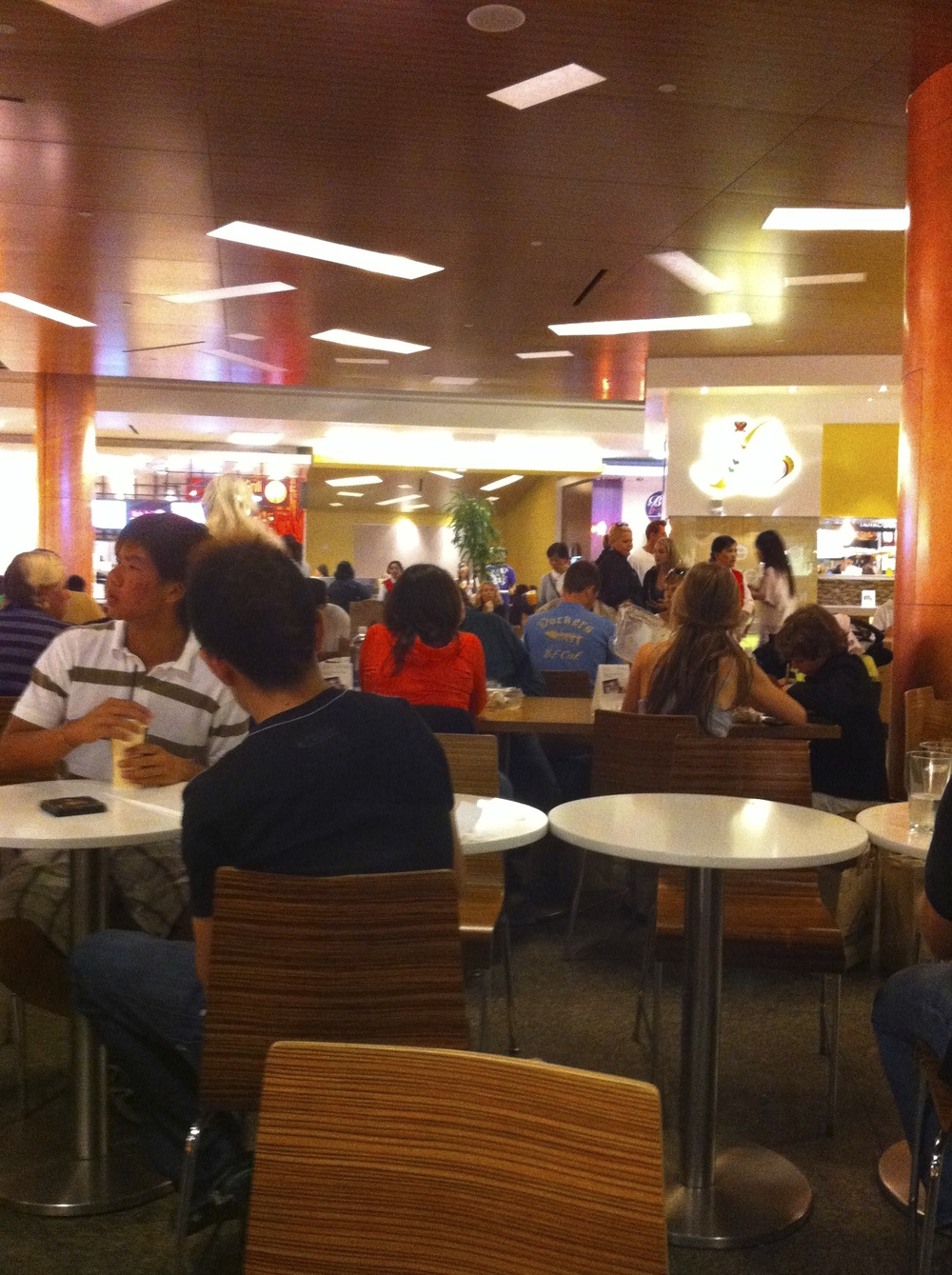 Westfield Food Court, Downtown San Francisco. Photo: Lynne Azpeitia