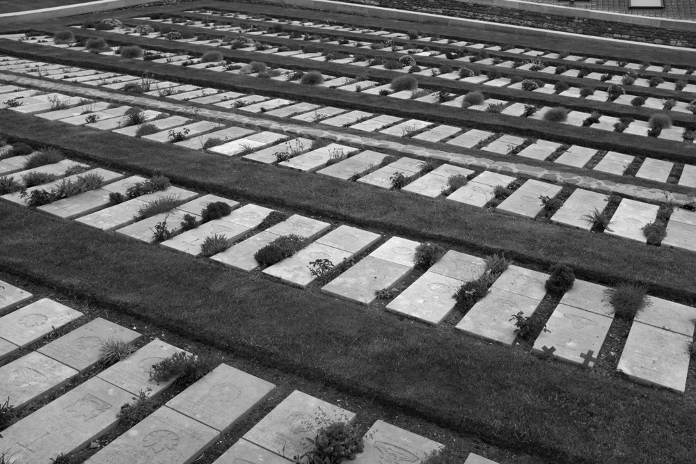 Wimereux communal cemetery-.jpg