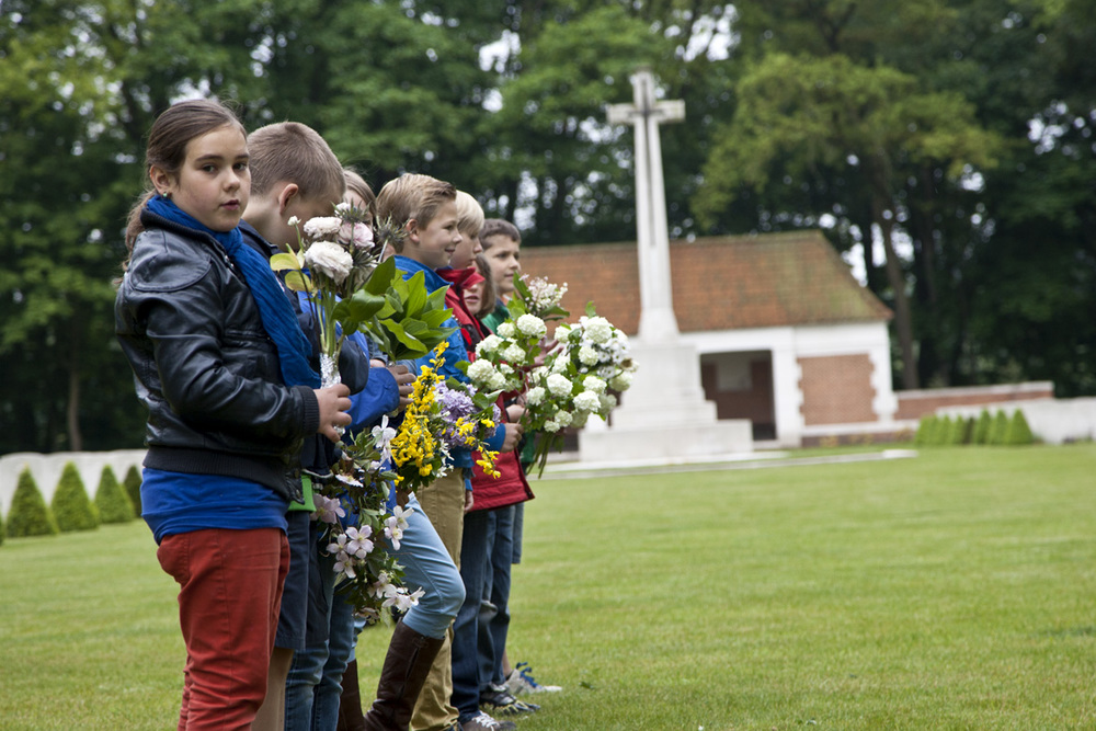 Dutch children-100dpi-4.jpg