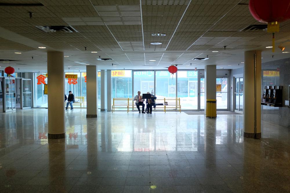 China mall2-100dpi-1.jpg