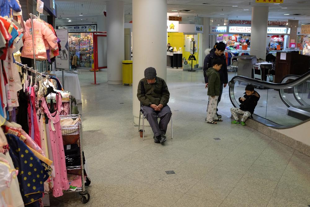 China mall2-100dpi-13.jpg