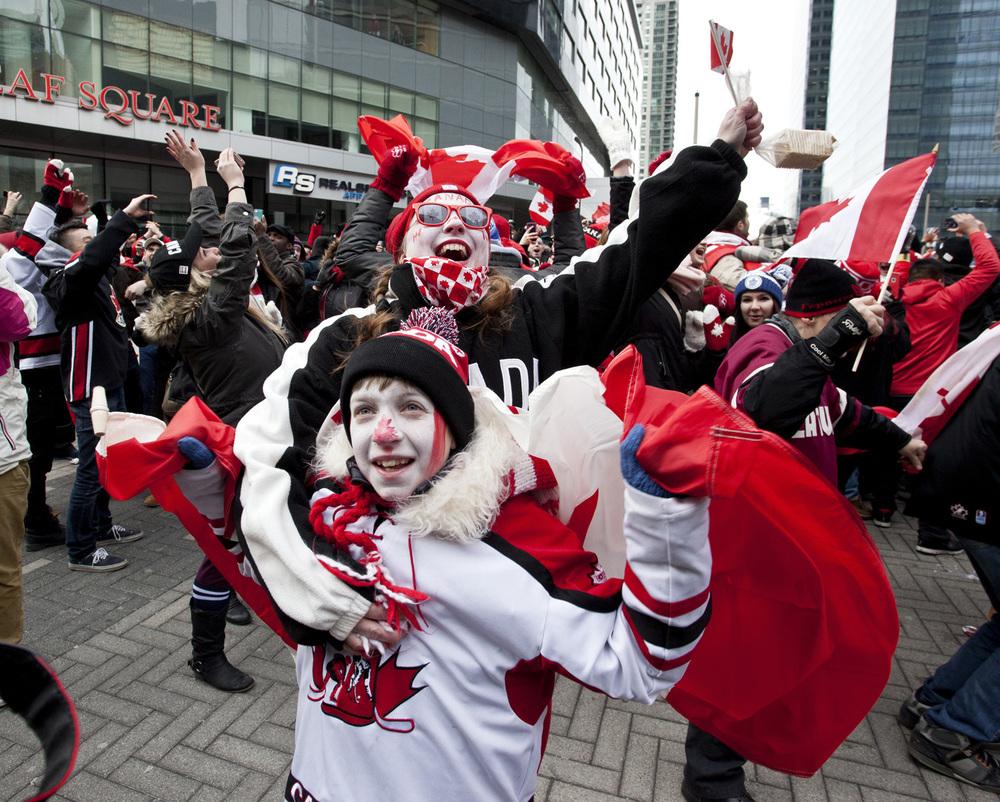 Hockey-gold-Feb-23-2014-3-Nick Lachance.jpg