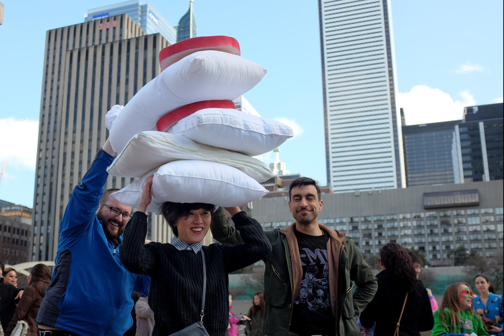 Pillow Fight-100dpi-18.jpg