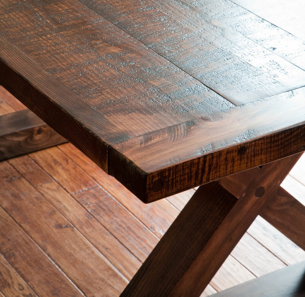 Crossed leg - barn wood table by valebruck.com