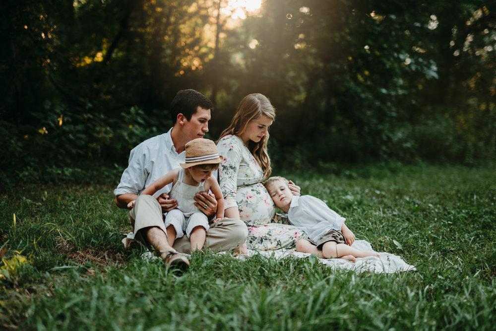 duluthfamilyphotographermaternity.jpg