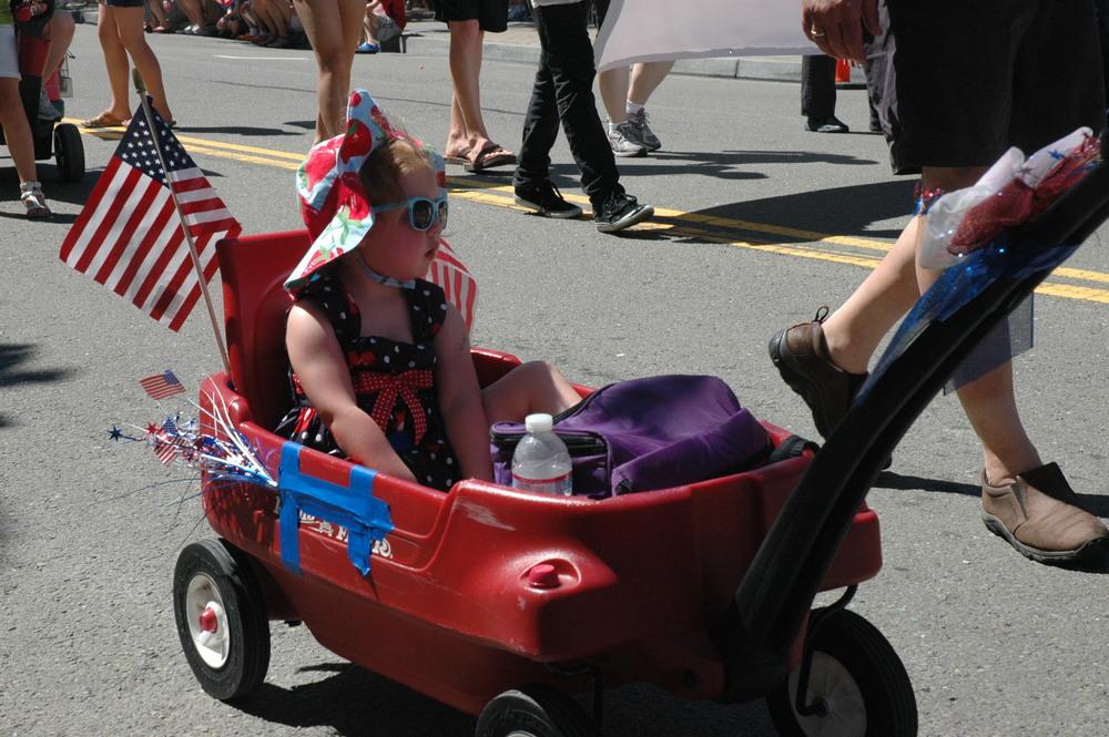Kid in wagon.JPG