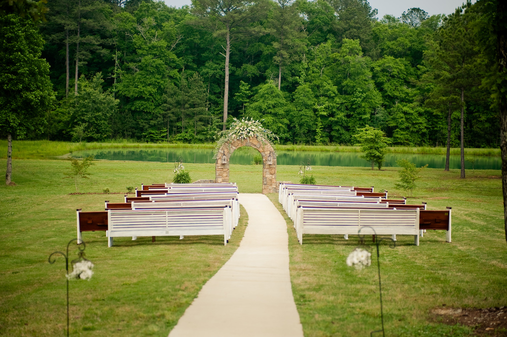 Church pews for a Southern Wedding