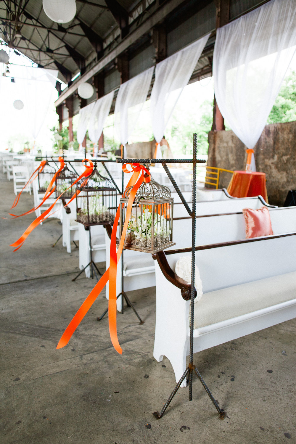 Alabama outdoor wedding with church pews. P.E.W.S. www.rentpews.com  Photography: Morgan Trinker www.morgantrinker.com